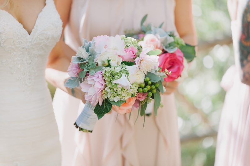 meadows events | pink and white bouquet