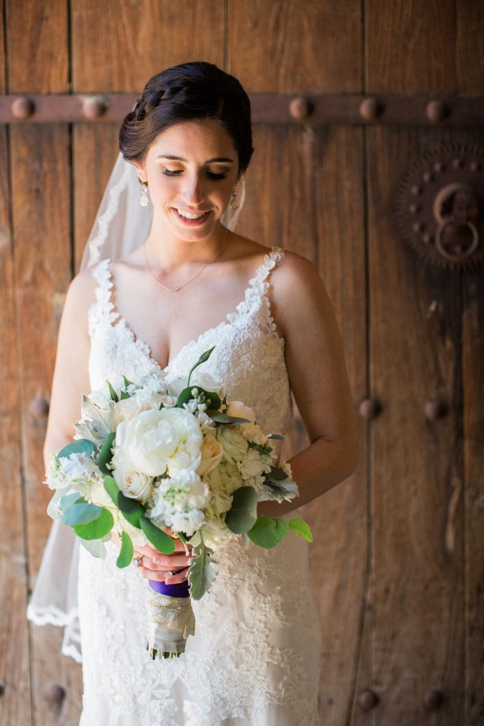 meadows events | bride and bouquet |brookview ranch wedding