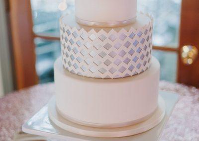 meadows events_malibu wedding calamigos ranch _modern wedding cake