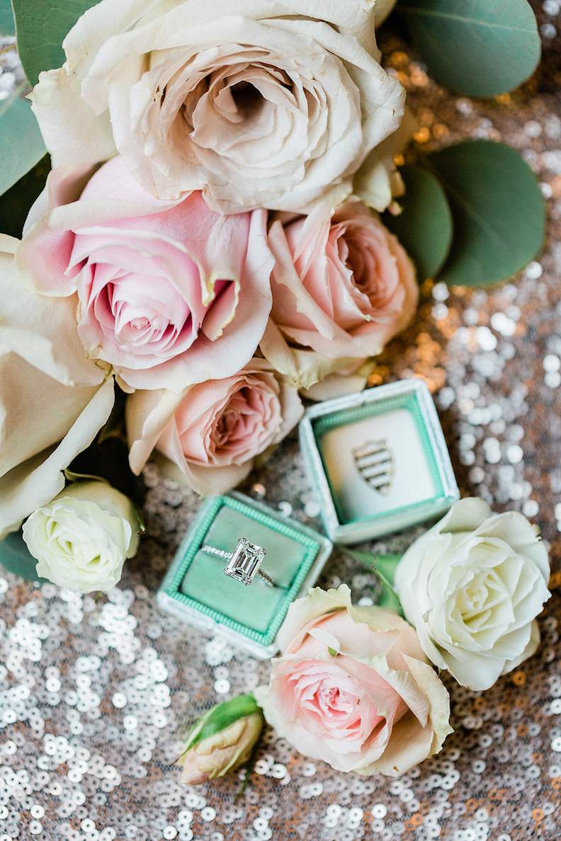 blush and mint green rose wedding