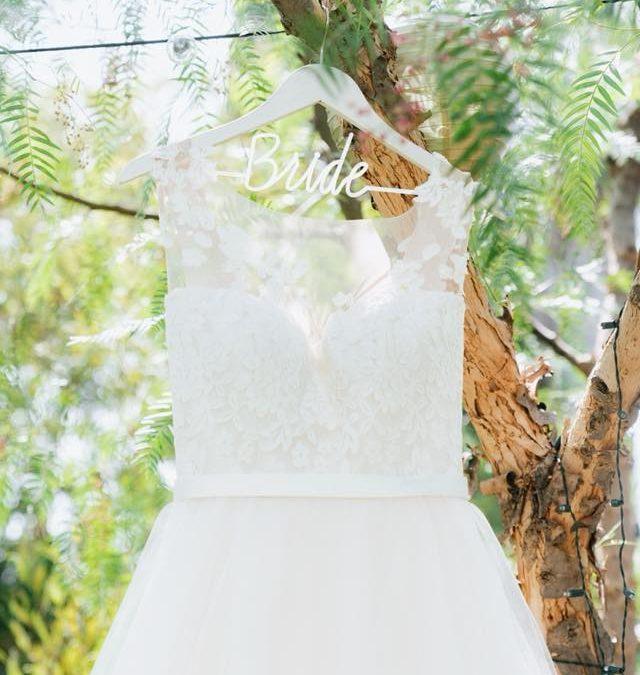 Dreamy Backyard Wedding a Famiy Home Tradition