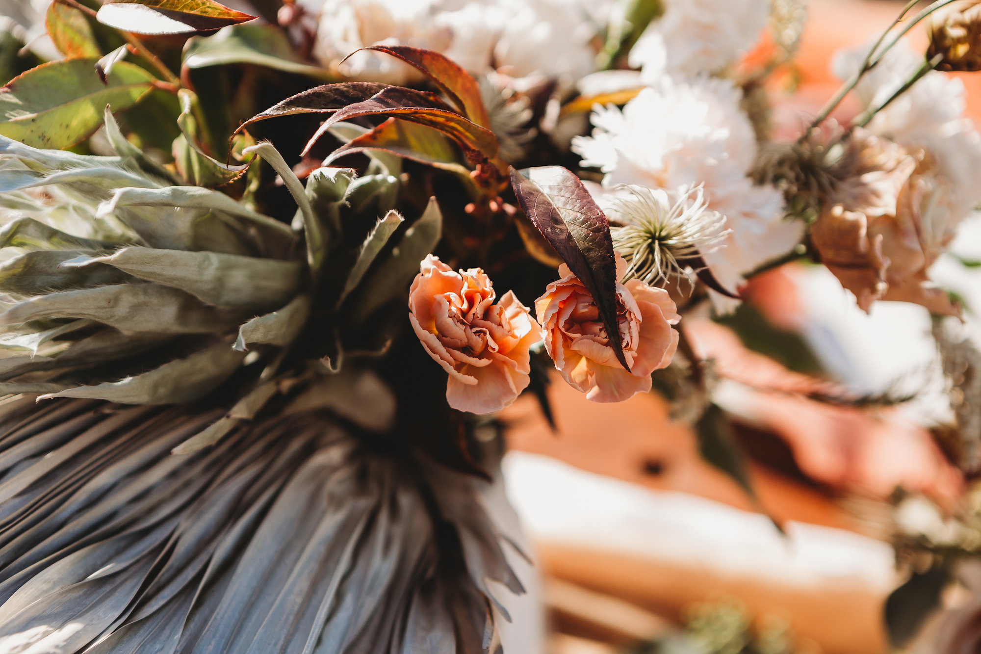 warm wedding floral colors