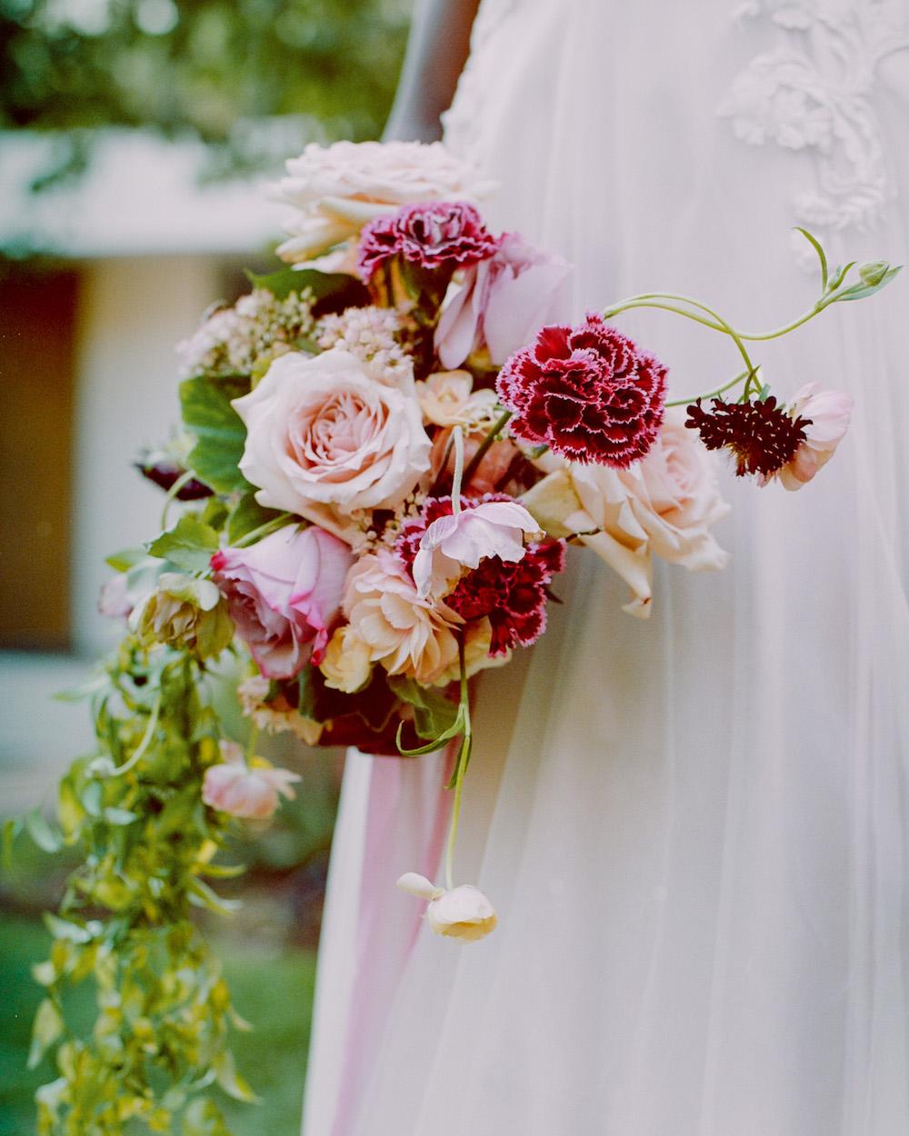 blush and burgundy garden bouquet_meadows events
