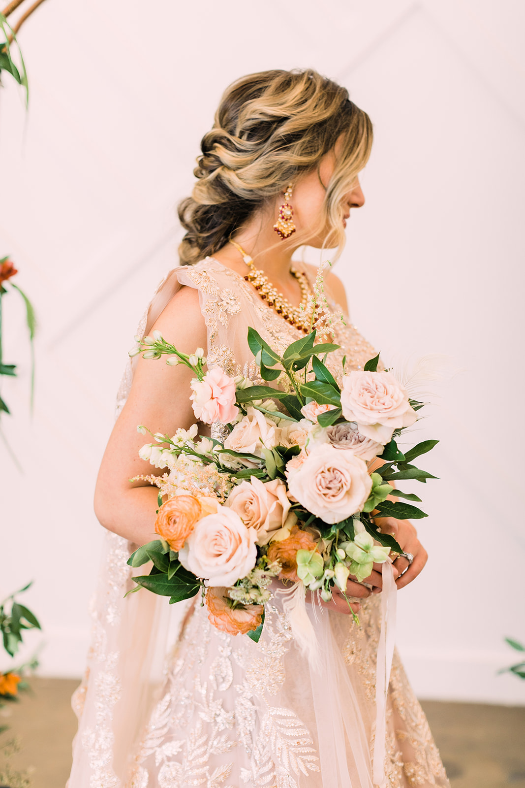 peachy whimiscal bouquet  anokiart photography